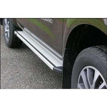 Marche pieds aluminium Nissan Navara D22 2002- 4 portes